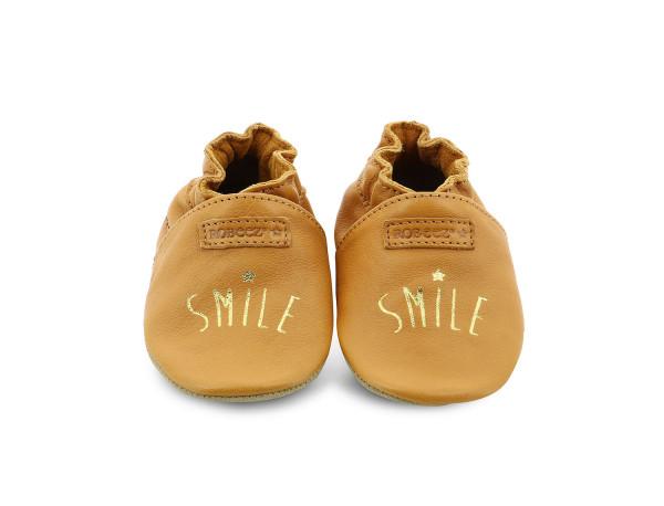 SMILING CAMELLO